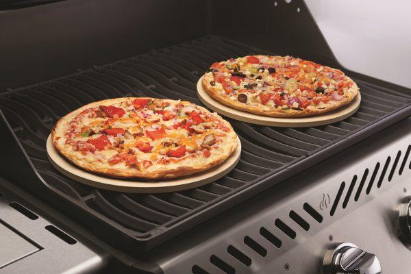 Набор из 2-х круглых камней для приготовления пиццы Наполеон использование 1