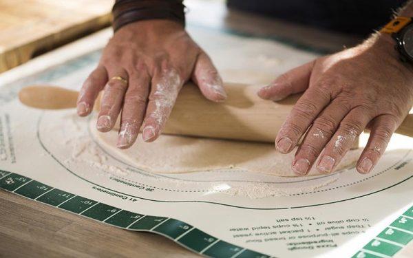 Коврик силиконовый гибкий с разметкой для раскатки теста для пиццы Большое Зеленое Яйцо 1