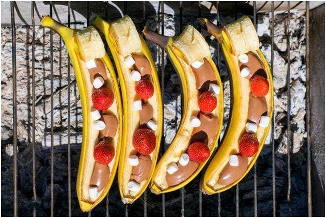 фрукты для гриля бананы