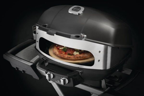 Вертел с 2-мя зажимами, экраном и электромотором для грилей TravelQ-285 NAPOLEON пицца